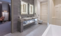 Bathroom-Superior-Room-Clayton-Charlemont