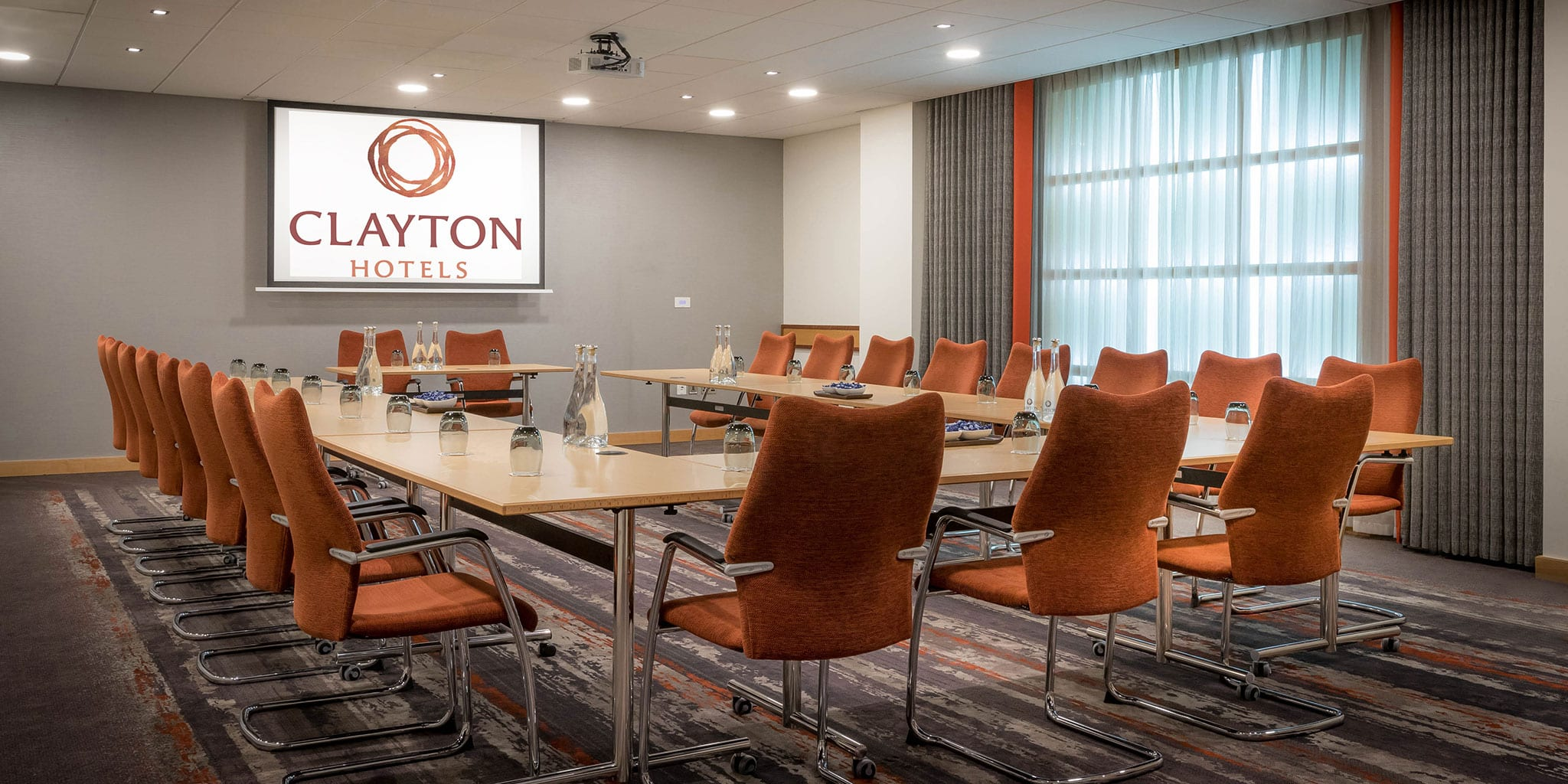 U-Shape Meeting Venue at Clayton Charlemont